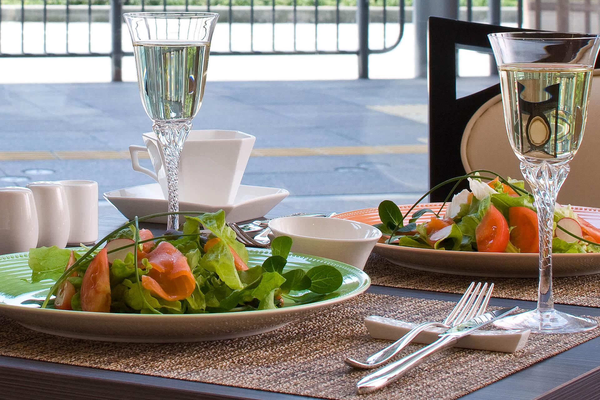 コーヒーショップ&レストラン PICO【公式】ホテル金沢|金沢のご宿泊ブライダル